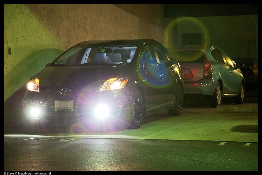 Both Nokya projector LED fog lights and OEM halogen projector headlights on