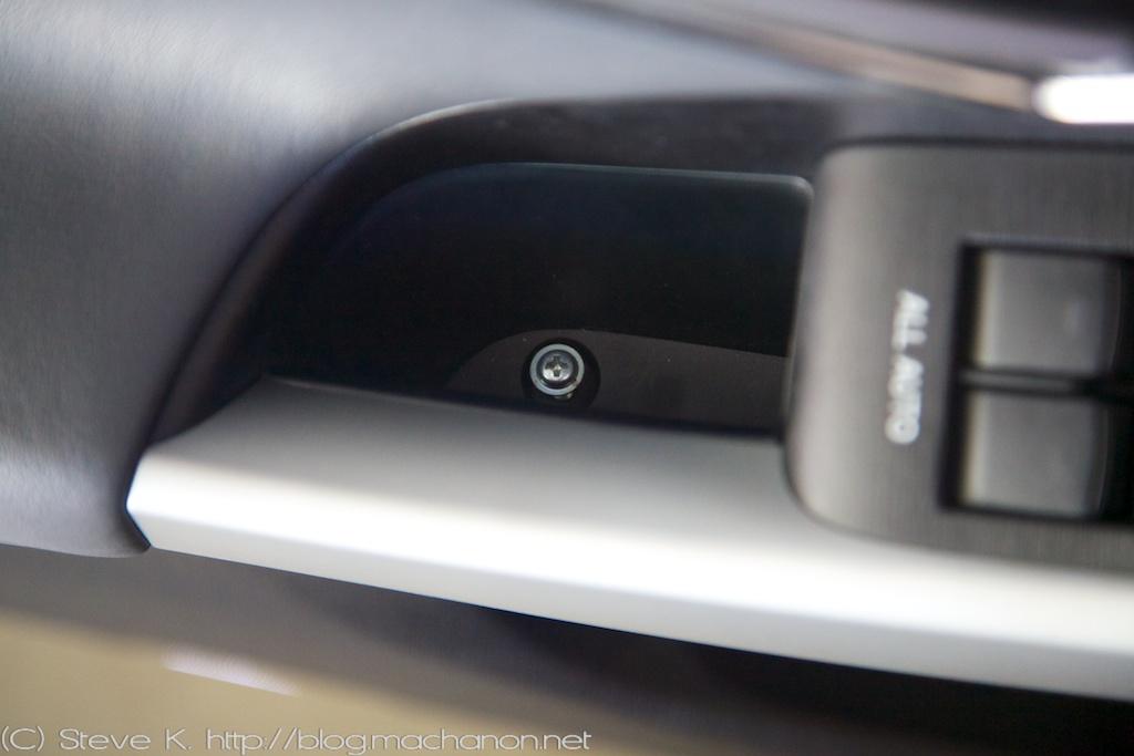 DIY: How to remove the door panels off a 2010+ 3rd gen Prius