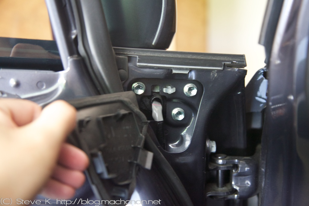 3rd gen Prius JDM power folding side mirrors DIY guide: Removing the mirrors off the door