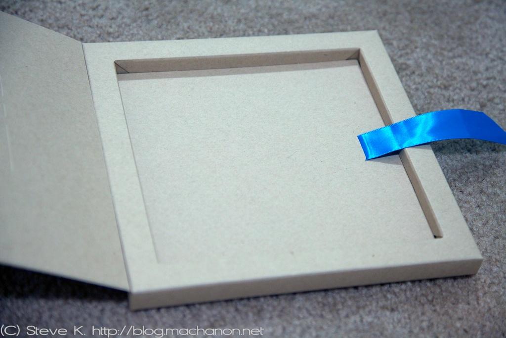 Mosaic photo book packaging